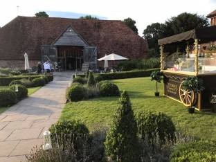 victorias ice cream cart ufton court weddings